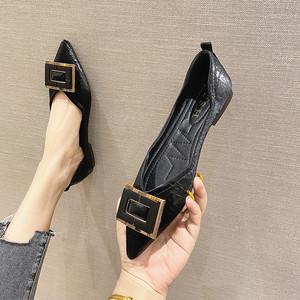 秋款鞋子女2020新款时尚晚晚风女鞋韩版百搭英伦浅口尖头平底单鞋