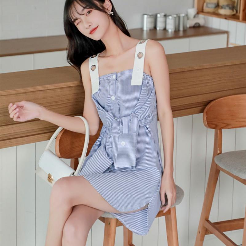 2020 new summer wear suspender blue striped shirt women design sense small medium length dress