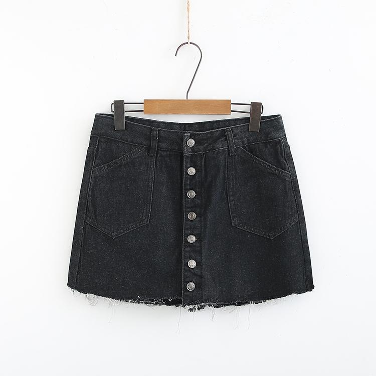 大码女装新款裤子2019夏季加大码时尚显瘦前面一排扣牛仔裙裤短裤