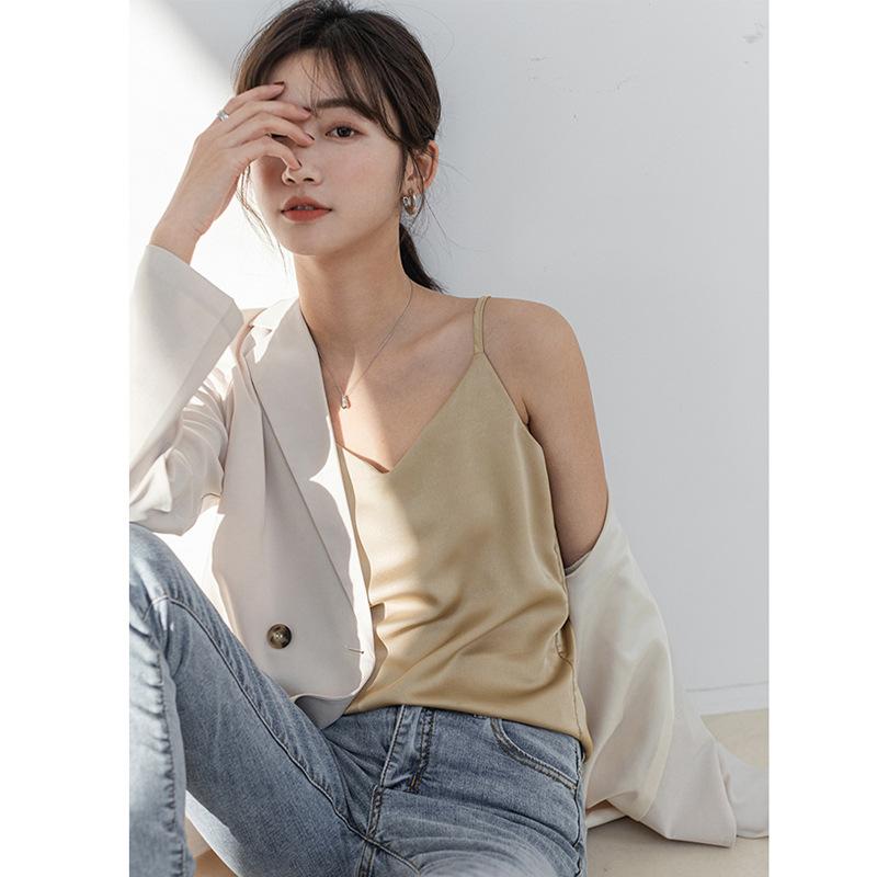 纯色吊带衫背心女夏季外穿宽松白色打底衫内搭v领无袖缎面
