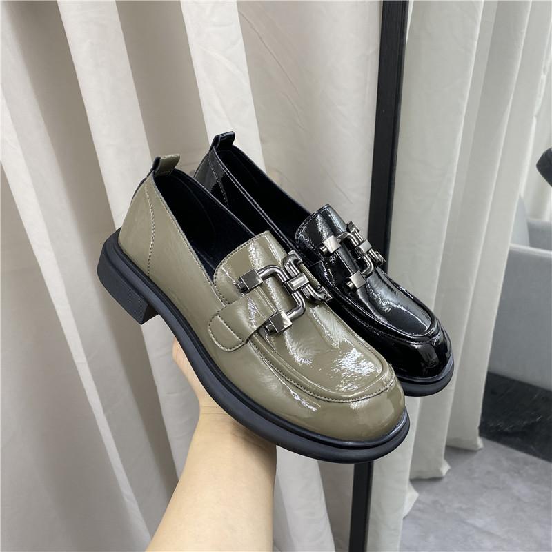 撤柜断码处理女鞋2021春新款韩版中口圆头低跟流行简约舒适女单鞋