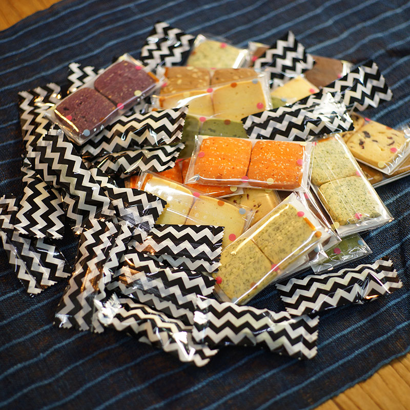 新しい箱/五目手作りクッキー+牛挽糖ギフトボックスはいつもあなたと一緒です。