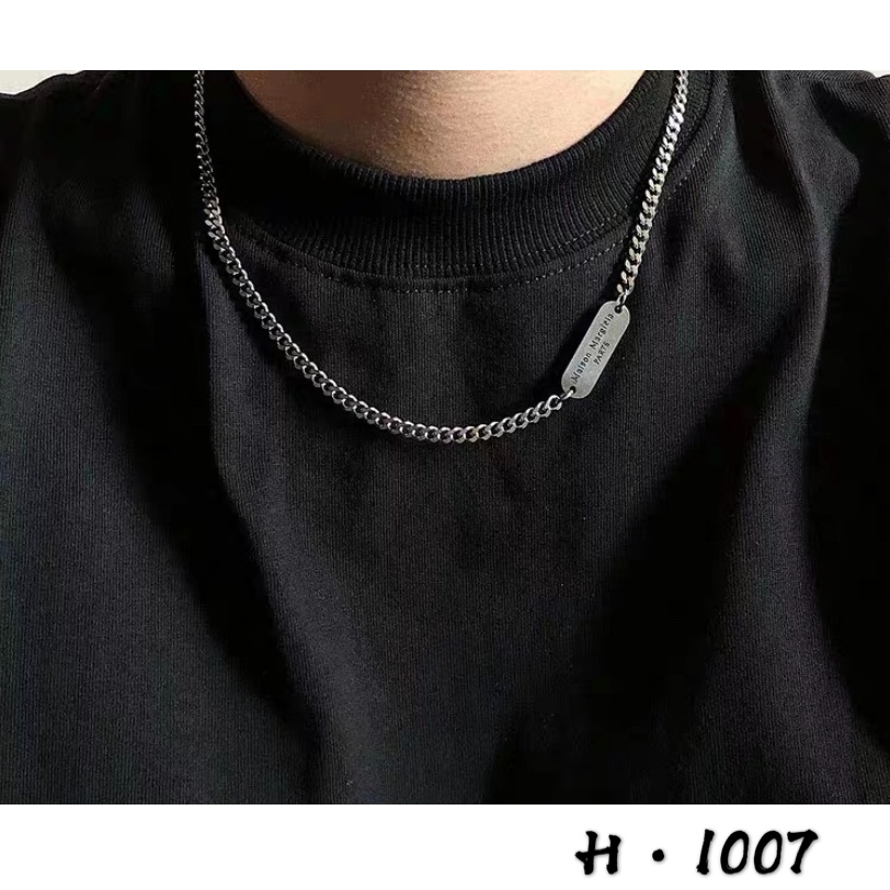 Korean version of East Gate minimalist style letter square brand clavicle chain ins cool and versatile, simple and colorless Necklace man
