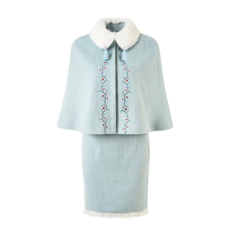 秋冬绣花盘扣气质包臀裙套装毛呢套装裙女两件套水貂兔毛洋气斗篷