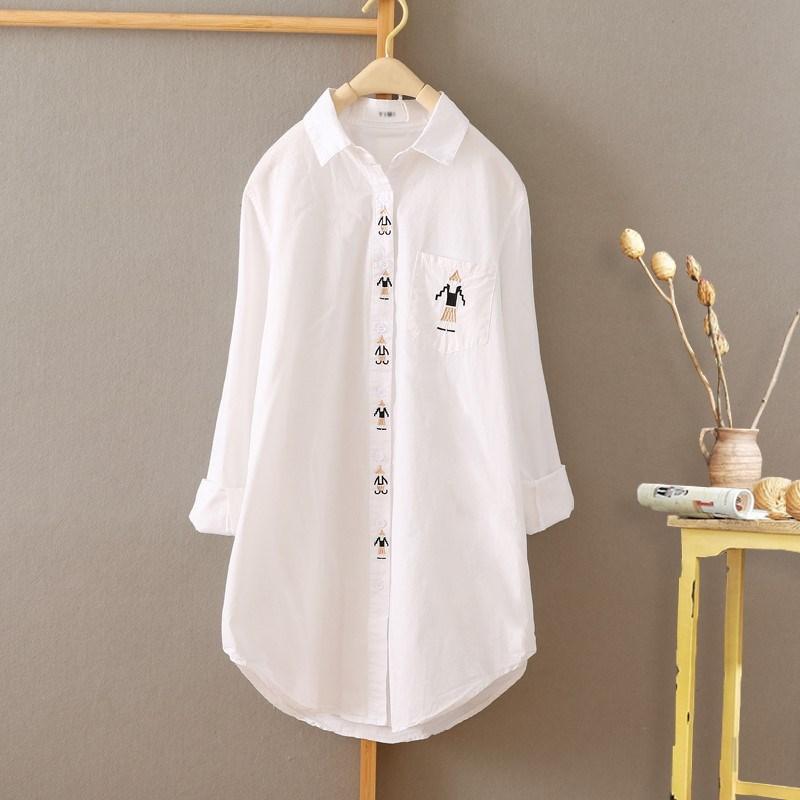 中长款绣花衬衫女春秋长袖韩文艺复古白色衬衣打底衫上衣刺绣潮