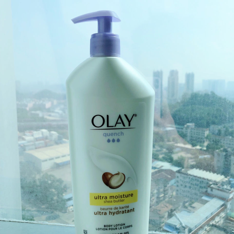 Authentic American OLAY OLAY nicotinamide brilliant body lotion moisturizes, replenish water and brightens yellow.
