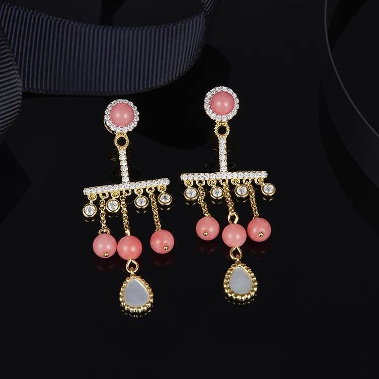 2019 new S925 Sterling Silver Elegant coral earrings with elegant personality and versatile female jewelry