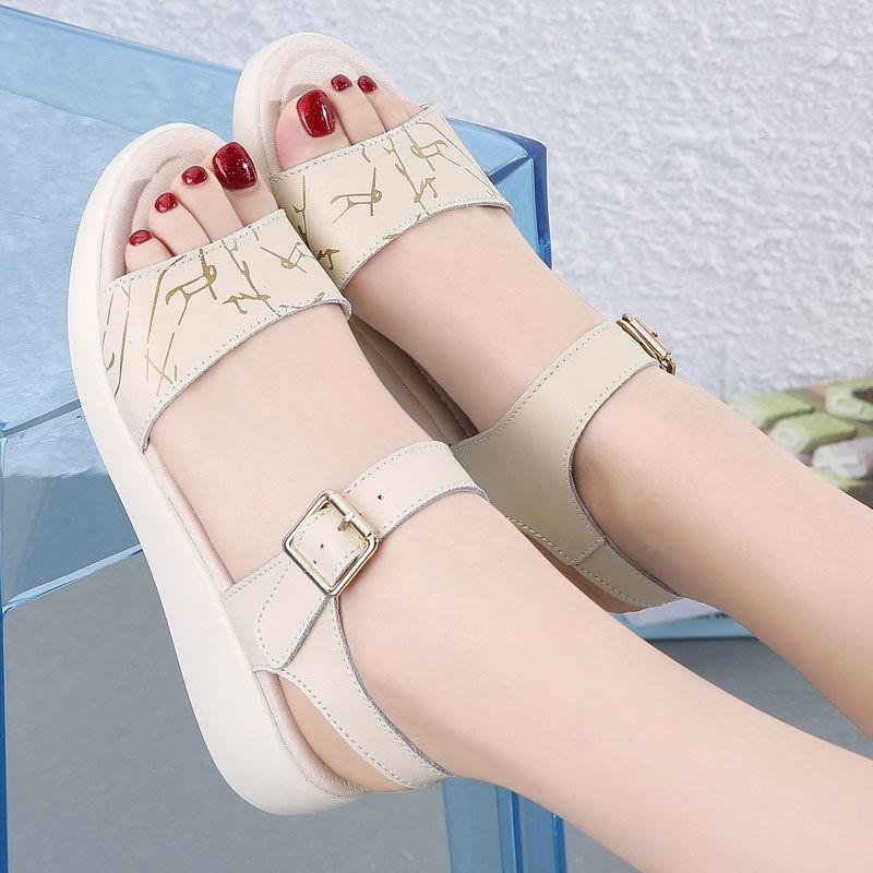 中國代購 中國批發-ibuy99 凉鞋女 2021夏季新款平底女士防滑休闲凉鞋女软底学生扣带百搭软皮女鞋子