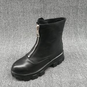 品牌撤柜2019冬新款特价女靴厚底防滑前拉链马丁靴真皮气质瘦瘦靴