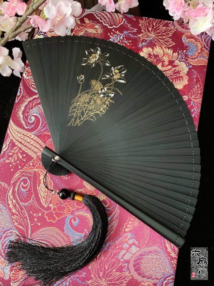 古风金色喷绘中风梅花黑色竹工艺扇礼品扇小日式女夏季扇子,可领取2元天猫优惠券