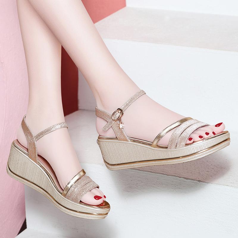 女凉鞋坡跟2019新款夏季女鞋百搭韩版女士夏天粗跟中跟厚底松糕鞋