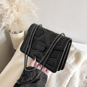 秋冬上新黑色包质感羊皮包小方包