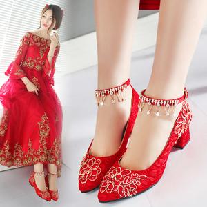 婚鞋女2019新款红色平底新娘鞋粗跟中式秀禾结婚鞋子孕妇敬酒红鞋