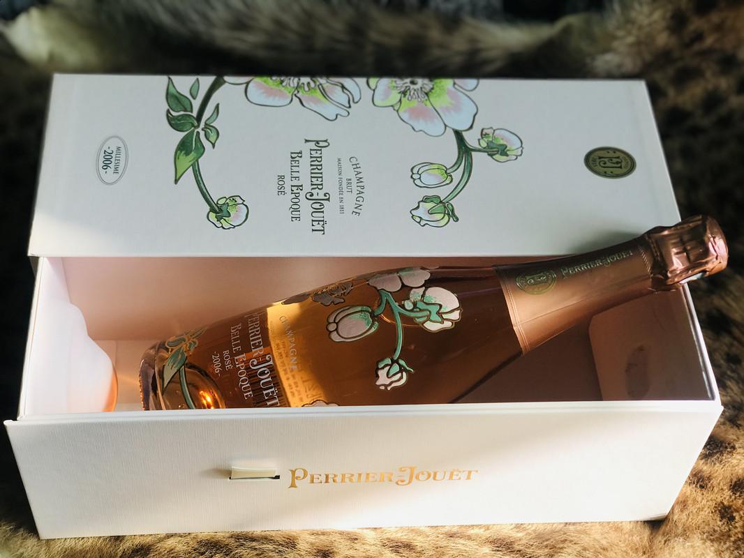 巴黎之花美丽时光粉红玫瑰香槟酒2006年份 礼盒装 Rosé Mousseux
