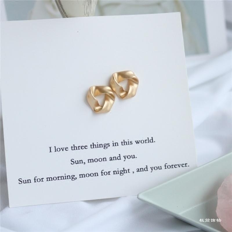 Jewelry S925纯银耳针不规则流金复古三角耳钉 防过敏时髦日常款热销168件限时2件3折