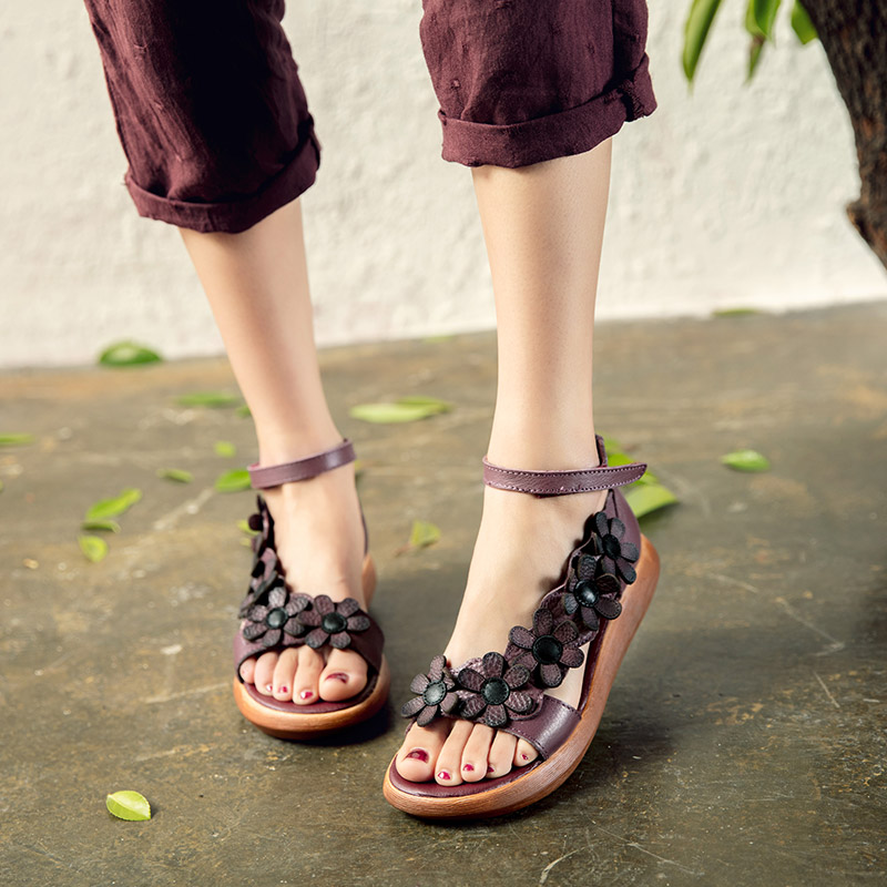 National style summer new flower sandals flat bottom comfortable womens shoes show thin thick sole leather open toe retro mothers shoes