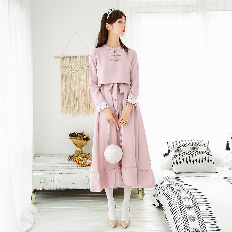 2018秋季新款软妹汉元素盘扣日系日常民国复古风刺绣长袖连衣裙