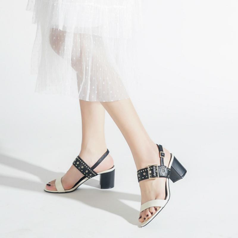 2019新款玛丽珍粗跟凉鞋女小CK1-60900115欧美铆钉装饰女士高跟鞋