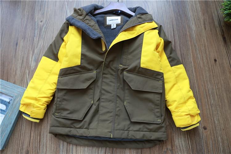 Бесплатная доставка ребенок куртка пальто 2017 год осень новый зимний осенний ребятишки мальчиков девочки куртка отцовство