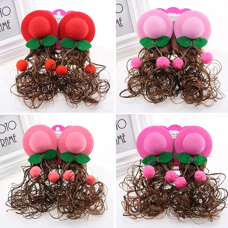 子供のかつら女の子の桜桃の帽子が可愛いです。子供の髪が可愛いです。