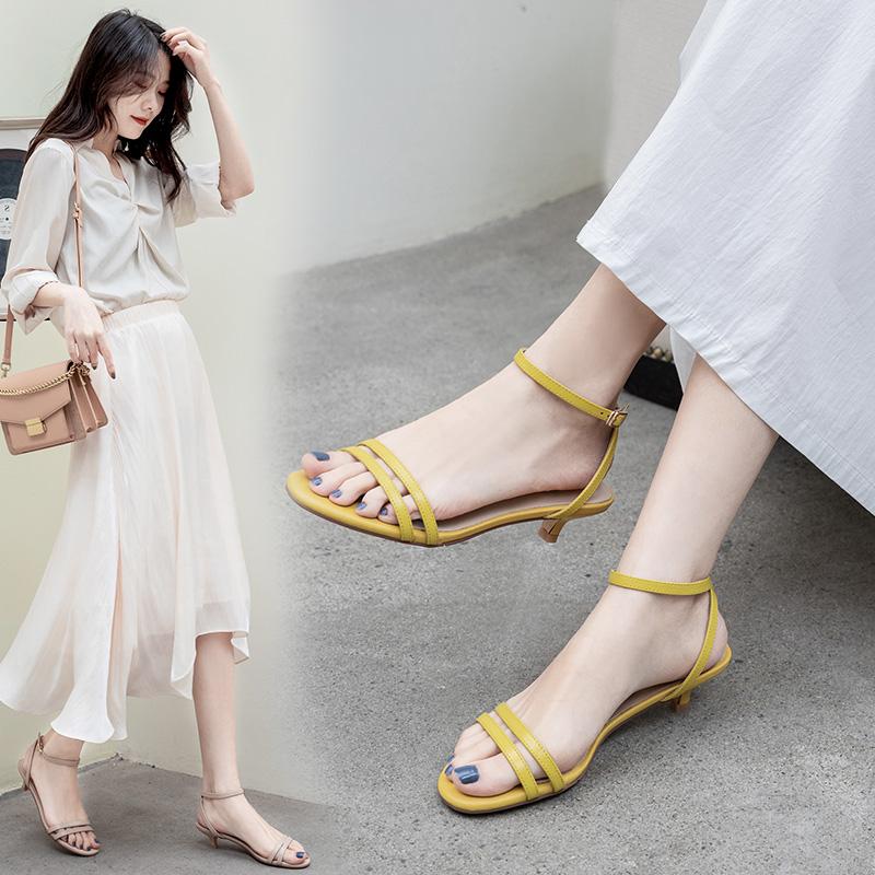 小跟凉鞋女细跟矮跟3cm法式高跟鞋2020新款罗马低跟一字带猫跟鞋图片