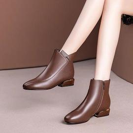 靴子女短靴春秋单靴冬季皮靴2020新款真皮鞋子中跟粗跟妈妈马丁靴
