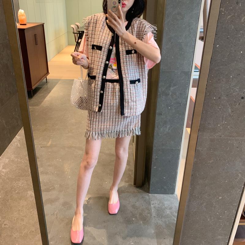 ◆张静芝韩国东大门 浪漫粉香香线呢名媛马甲半裙女裙套装