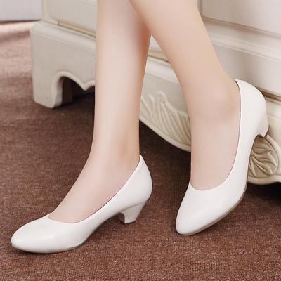 真皮坡跟白色护士鞋牛筋底浅口舒适休闲鞋美容师工作鞋黑色女单鞋