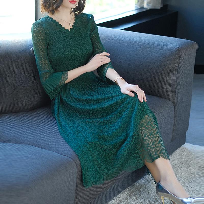 2020春秋装新款名媛气质七分袖大码修身中长蕾丝连衣裙时尚女装潮