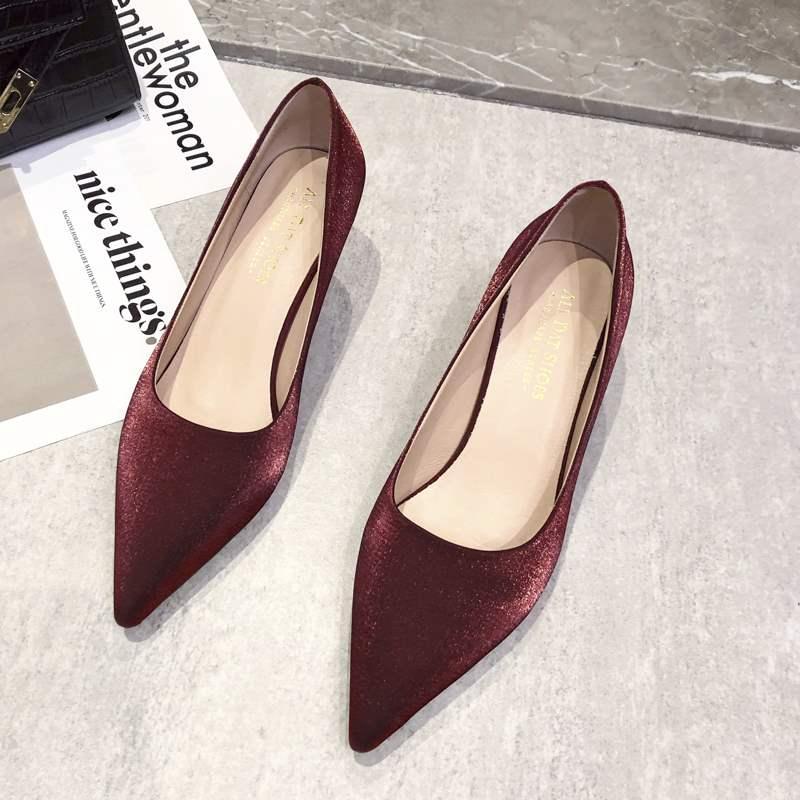 尖头高跟鞋细跟浅口丝绸婚鞋酒红色喜庆浅口女鞋2021春季新款单鞋