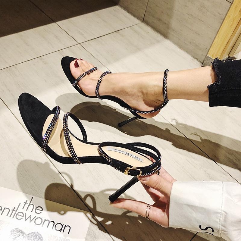一字扣带露趾凉鞋女夏2019新款网红时尚细跟高跟鞋脚环绑带女鞋子