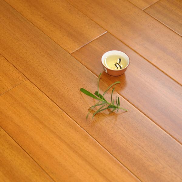 免龙骨锁扣纯实木地板厂家直销天然原木非洲柚木纽墩豆耐地热地暖