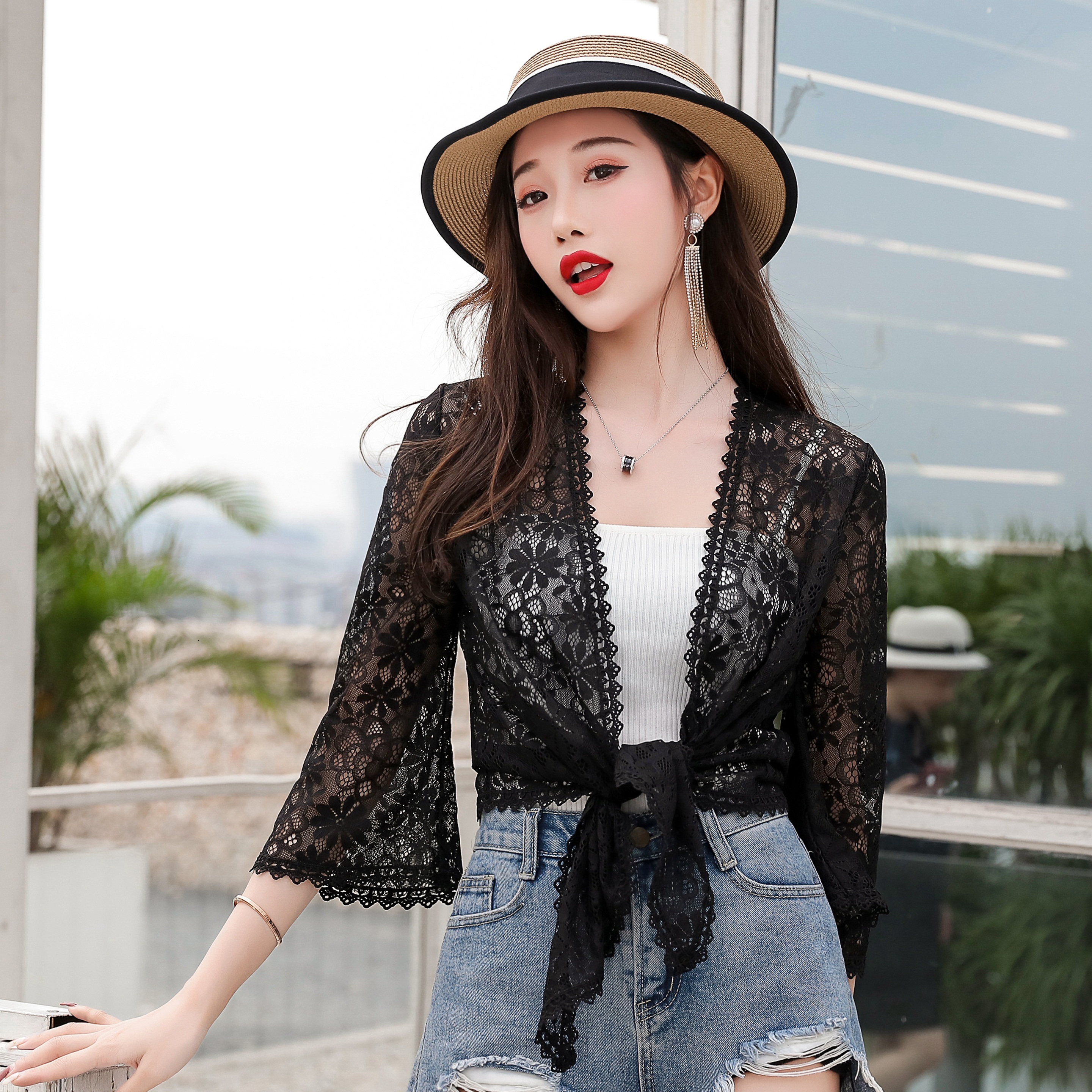 2019 new summer suspender with cardigan, super fairy short, versatile, lace cut-out sunscreen shawl