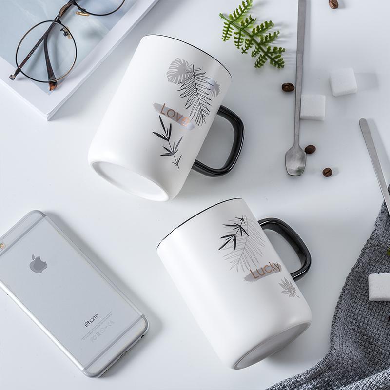 2019新款北欧ins创意马克杯带盖勺个性咖啡杯家用陶瓷水杯情侣杯10-19新券