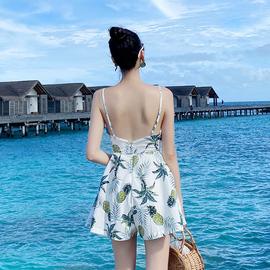 旅行路上吊带连体裤海边度假沙滩裤女高腰露背小个子泰国连衣短裤