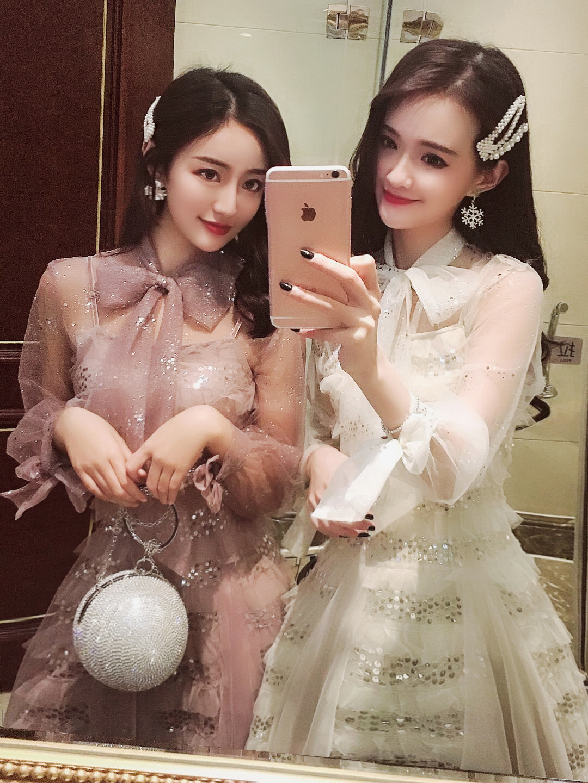 蕾丝连衣裙两件套2019新款夏女装春装网纱亮片吊带很仙气的长裙子