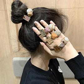 韩国东大门发圈莫兰迪色羊毛球发绳简约精致少女磨砂方块球球头绳