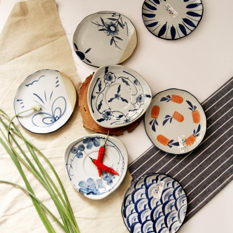 宋青窑日式餐具创意手绘ZAKKA小吃菜碟子陶瓷蛋糕碟格纹碟小盘子