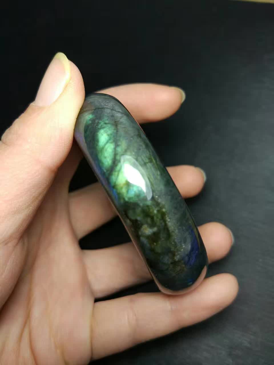 Genuine natural crystal grey moonlight elongated Stone Bracelet womens various ring openings have light intensity and color, which is good for package mail