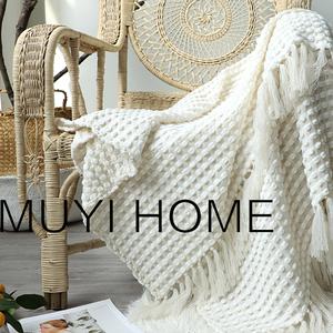 领10元券购买出口美国白色针织毯雪尼尔搭床尾毯