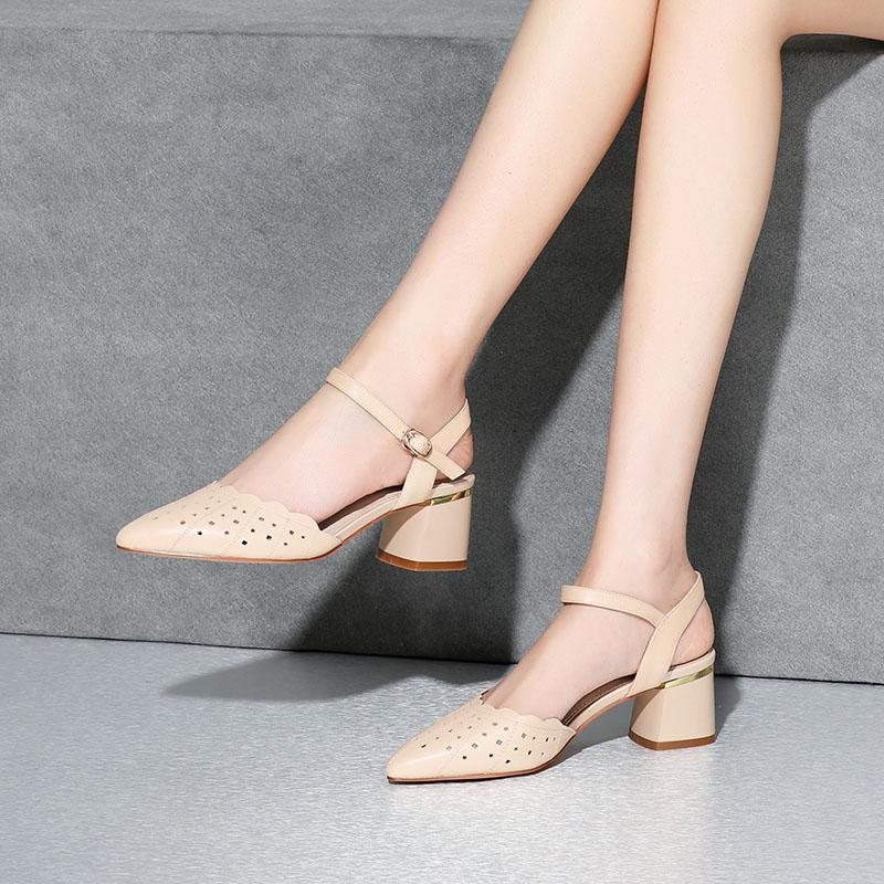 2020年凉鞋新款尖头单鞋高帮女罗马头层牛皮粗跟一字式扣带百搭