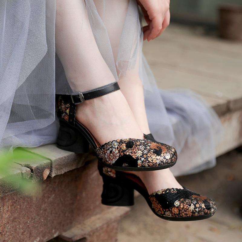 脱毒罂粟 浪漫轻奢 马毛压花包头一字带中跟粗跟复古真皮凉鞋女鞋