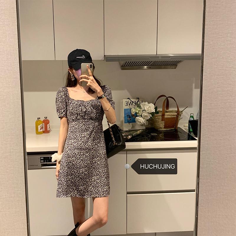【浪漫葡萄】2020新款修身短袖夏季出游连衣裙女裙子小众设计气质