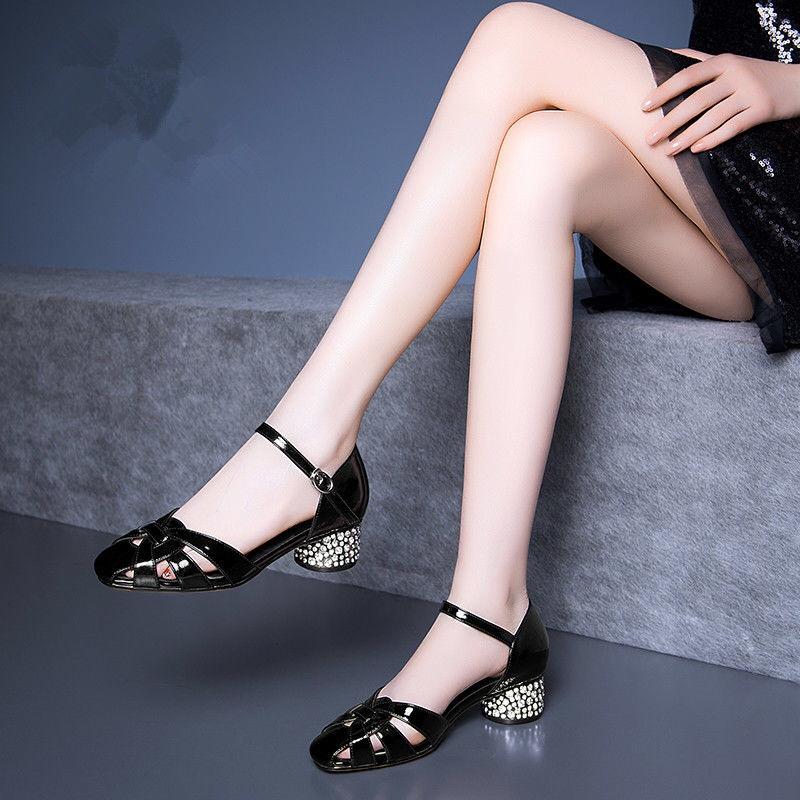 天天大东包头凉鞋女中跟2019夏季粗跟真皮一字扣低跟圆头镂空女鞋