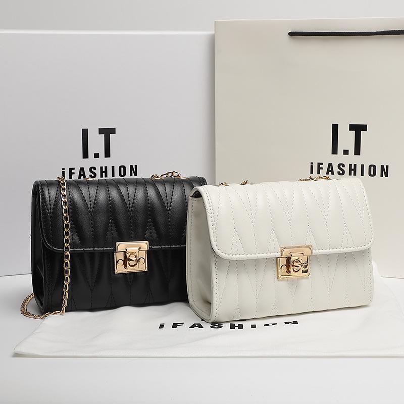 Purchase Lolita bag new summer fashion versatile one shoulder underarm bag small square Bag Messenger Bag