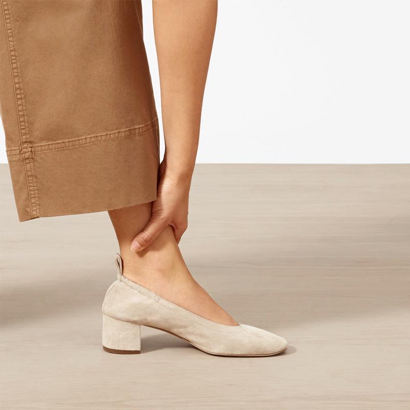 2019夏季浅口圆头单鞋女中跟百搭一脚蹬粗跟奶奶鞋高跟鞋玛丽珍鞋