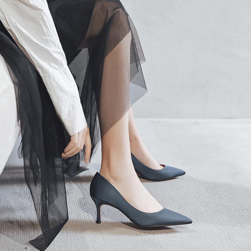 缎面高跟鞋女细跟尖头2019单根新款蓝色绸缎学生百搭黑色单鞋5cm