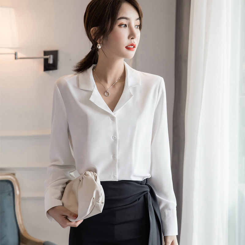 小众设计感洋气职业白衬衫 集优雅与时尚于一身