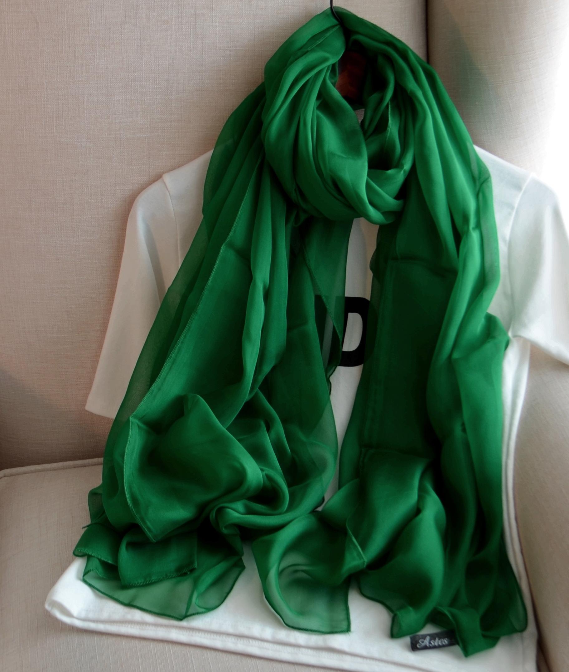 艾上图品牌百分百桑蚕丝巾女士百搭真丝超长纯色祖母绿围巾披肩春