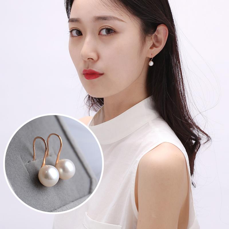 Fresh water pearl earrings womens high heels simple temperament Earrings sleep need not take off Earrings 925 pure silver natural